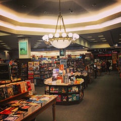 Photo taken at Barnes & Noble by Ali D. on 1/24/2013