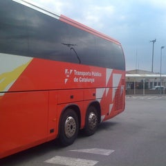 Photo taken at Barcelona Bus by Max R. on 7/3/2013