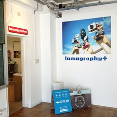 Photo taken at Lomography+ / ロモグラフィープラス by Oribe on 9/22/2013