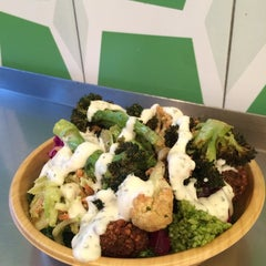 Photo taken at Maoz Vegetarian by Christina C. on 10/15/2014