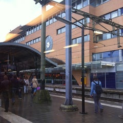 Photo taken at Station Hilversum by rwh_at on 6/4/2012