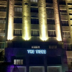 Photo taken at Tides South Beach l King & Grove by Bill H. on 8/14/2011