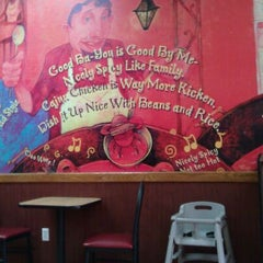 Photo taken at Popeyes by Chad M. on 9/18/2011