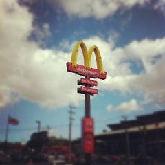 Photo taken at McDonald's by Jose David M. on 2/1/2012