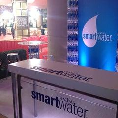 Photo taken at Smartwater Lounge by Jean-Marc T. on 1/15/2012