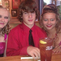 Photo taken at Applebee's by Vanessa S. on 10/1/2011