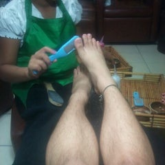 Photo taken at Elite Nails Hands and Foot Spa by Rein V. on 6/6/2012