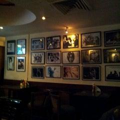 Photo taken at Cafe Morrison by prashant m. on 1/23/2012