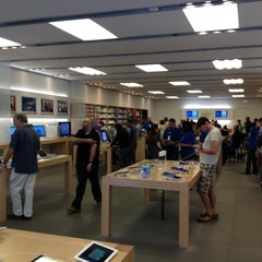 Photo taken at Apple Store, Century City by Oleg Z. on 6/23/2012