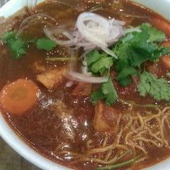 Photo taken at Pho Saigon by Aaron M. on 11/26/2011
