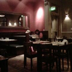 Photo taken at El Club de la Milanesa by Ramiro P. on 8/14/2012