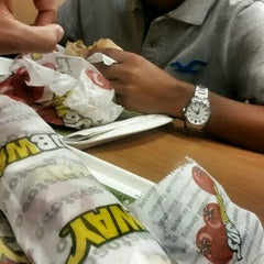 Photo taken at Subway by Demerson A. on 5/31/2014