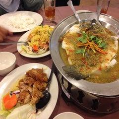 Photo taken at New Horizon Garden Restaurant by Nana H. on 6/2/2015