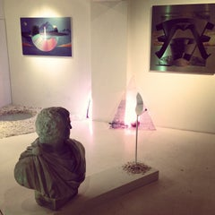 Photo taken at CALM & PUNK GALLERY TOKYO by Junyong L. on 12/20/2013