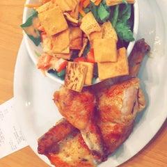 Photo taken at California Chicken Cafe by Sattam. J. on 3/11/2015