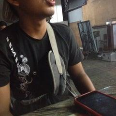 Photo taken at Restoran JS Maju by Aiman D. on 9/29/2014