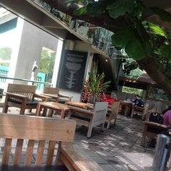 Photo taken at Kopi Selasar Sunaryo Cafe and art Galery. by Julian S. on 4/8/2014