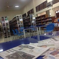 Photo taken at Badan Perpustakaan dan Kearsipan Provinsi Jawa Timur by Afra A. on 9/19/2014