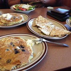 Photo taken at Denny's by Ievgen S. on 7/9/2013