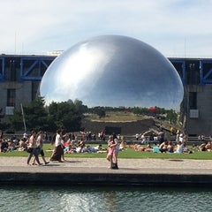 Photo taken at La Villette Sonique by Fernando G. on 6/22/2014