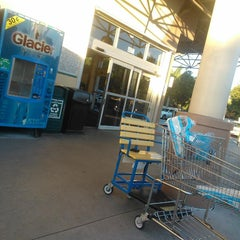 Photo taken at Publix by pirooz p. on 10/16/2014