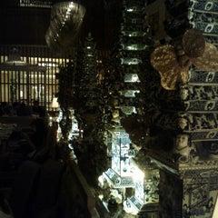 Photo taken at TABLE8 - Hotel Mulia Senayan, Jakarta by Akshay P. on 10/3/2012