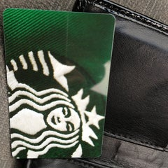 Photo taken at Starbucks by Yvette S. on 8/14/2013