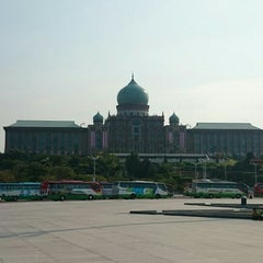Photo taken at Putrajaya by Yansen D. on 7/30/2015