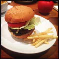 Photo taken at Gourmet Burger Kitchen by Ed G. on 7/20/2013