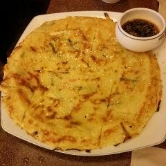 Photo taken at Auntie Kim's Korean Restaurant by Mel C. on 3/21/2014