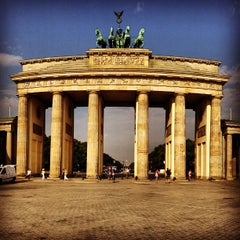 Photo taken at Pariser Platz by Fabian L. on 7/27/2013