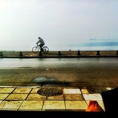 Photo taken at Starbucks by Yiannis K. on 11/26/2012