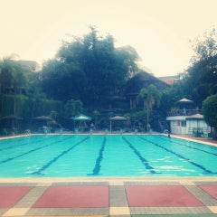 Photo taken at Sagara swimming pool by Herlina t. on 9/15/2013