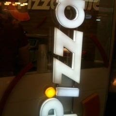 Photo taken at Pizzamille by Gabriel M. on 2/4/2013