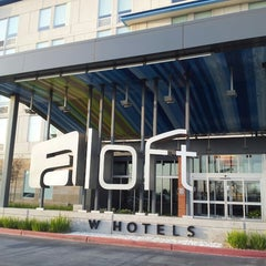 Photo taken at Aloft Ontario-Rancho Cucamonga by Amy L. on 3/6/2013