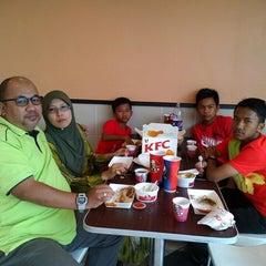 Photo taken at KFC by Azman I. on 11/9/2013