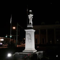 Photo taken at Downtown Hot Springs, AR by Jesse H. on 10/17/2014