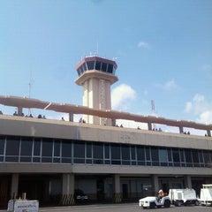 Photo taken at Aeropuerto Internacional Monseñor Óscar Arnulfo Romero (SAL) by Carlos M. on 9/6/2013