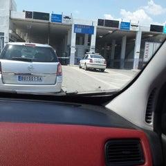 Photo taken at Greece Kipoi Border Station (Tελωνείο Kήπων) by Alev Ç. on 7/26/2013