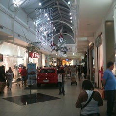 Photo taken at Shopping Guararapes by Sergio on 11/2/2012