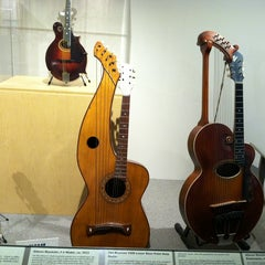 Photo taken at Museum of Making Music by Ruth X. on 7/29/2014