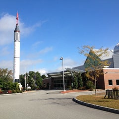 Photo taken at McAuliffe-Shepard Discovery Center by Kelly P. on 9/21/2013