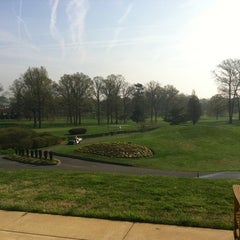Photo taken at Springfield Golf and Country Club by Yana K. on 3/23/2012