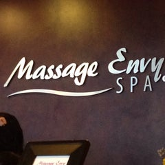 Photo taken at Massage Envy Spa - Edgewater by Manny B. on 8/31/2013