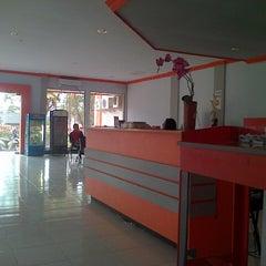 Photo taken at Kantor Pos Pettarani by Kia A. on 11/29/2014
