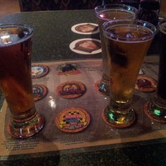 Photo taken at Smoky Mountain Brewery by pp on 6/21/2013