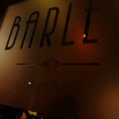 Foto tirada no(a) Barley Brew Pub por Ludmila Fernanda S. em 2/24/2013