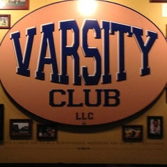 Photo taken at Varsity Club Sports Tavern by JASON H. on 5/26/2013