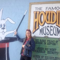 Photo taken at Houdini Museum, Tour & Magic by Laura K. on 1/4/2014