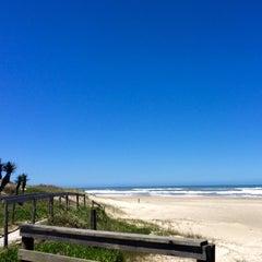 Photo taken at Rainha do Mar by Fafá L. on 11/8/2014